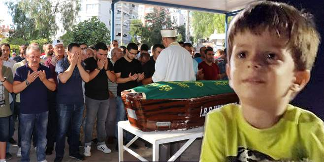 3 yaşındaki Alperen okul servisinde öldü