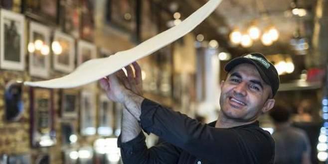 Dünya pizza şampiyonu gözaltına alındı