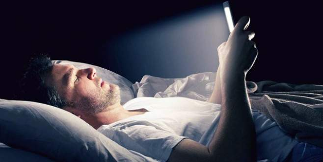 Elektronik cihazlardaki tehlike 'mavi ışık'