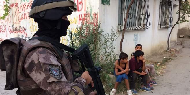 1500 polisle 'Narko-Huzur' operasyonu