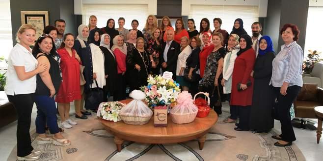 Kadın derneklerinden Bozbey'e teşekkür ziyareti