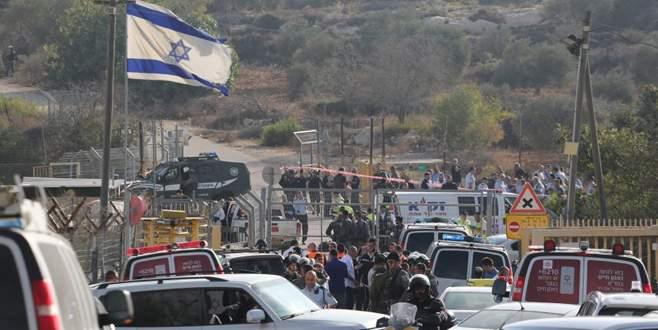 Bir Filistinli üç İsrailliyi öldürdü