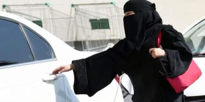 'Kadınlar aptaldır' dedi vaaz vermesi yasaklandı