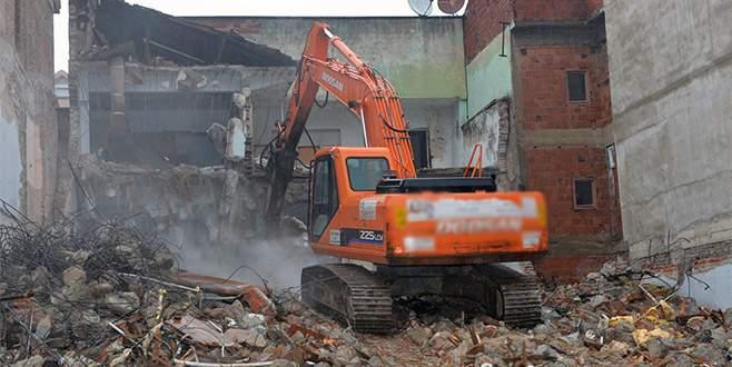 Bursa'da 276 metruk bina yıkıldı