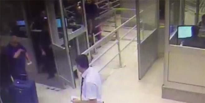Sınır kapısında valizden Rus kadın çıktı