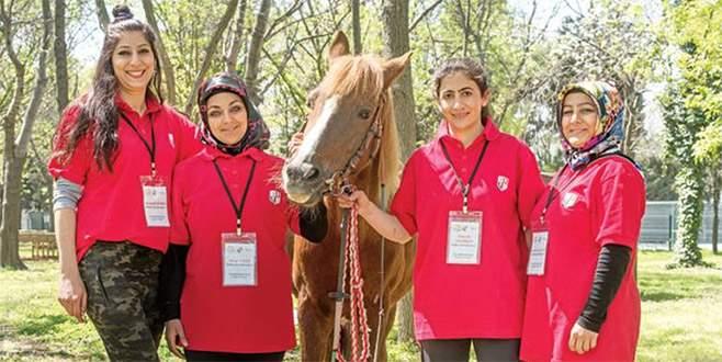 Kadın seyisler Bursa'da yetişecek