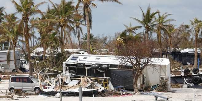 Kasırga nedeniyle bakımevinde 8 kişi öldü