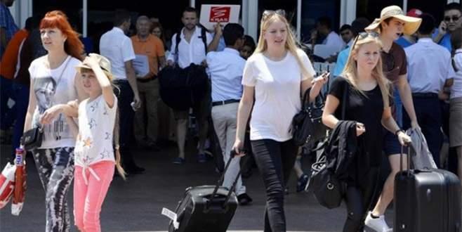 Antalya 8 milyon turist çıtasını aştı
