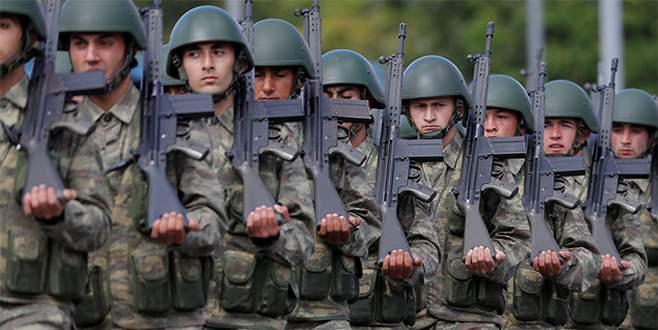 'TSK, Suriye'ye kara operasyonu için 2 taburu sınıra kaydırdı'