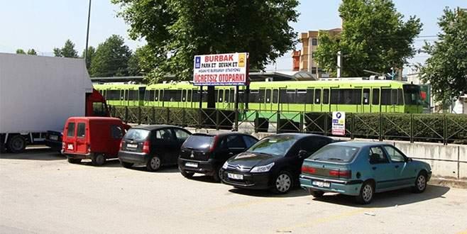 Bursa'da 'Ücretsiz park et, yoluna devam et' uygulaması