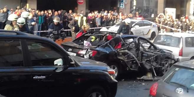 Kiev'de otomobil patladı: Ölü ve yaralılar var