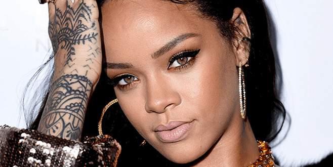 Rihanna'dan olay yaratan 'bekaret' itirafı