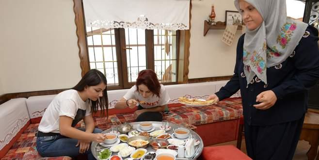 Bursa'da köy kahvaltısının yeni adresi