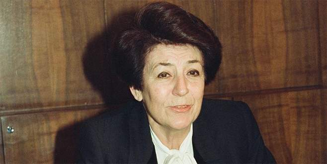 Türkiye'nin ilk kadın bakanı hayatını kaybetti
