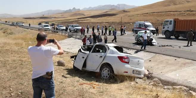 Katliam gibi kaza: 6 ölü, 3 yaralı