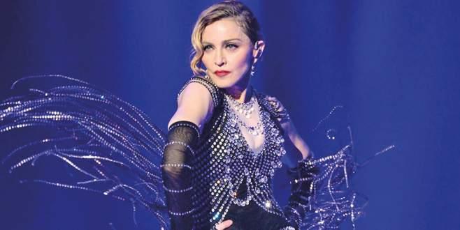 Madonna olduğuna inandıramadı
