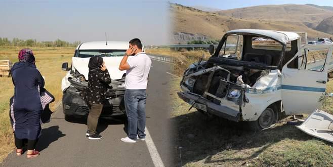 Bursa'dan düğüne gidiyorlardı, kaza yaptılar: 6 yaralı