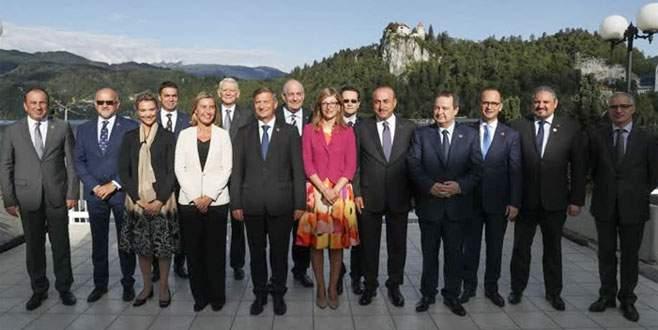 Dışişleri Bakanı Çavuşoğlu Slovenya'da