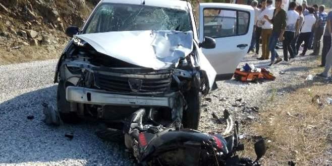 Bursa'da otomobille motosiklet çarpıştı: 2 ölü, 1 yaralı