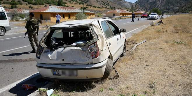 Bursa'ya dönüş yolunda kaza yaptılar