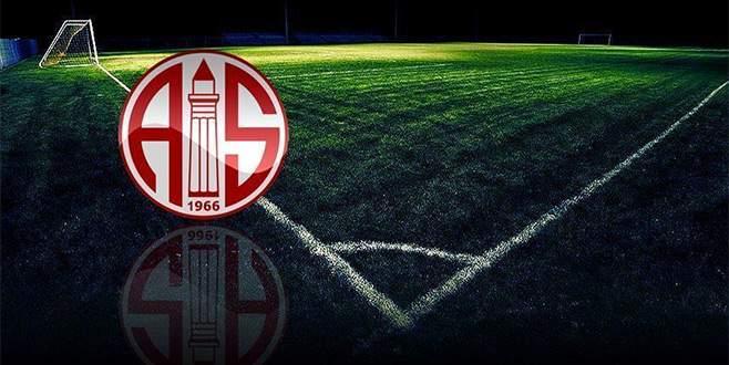 Antalyaspor, Vainqueur ile anlaştı
