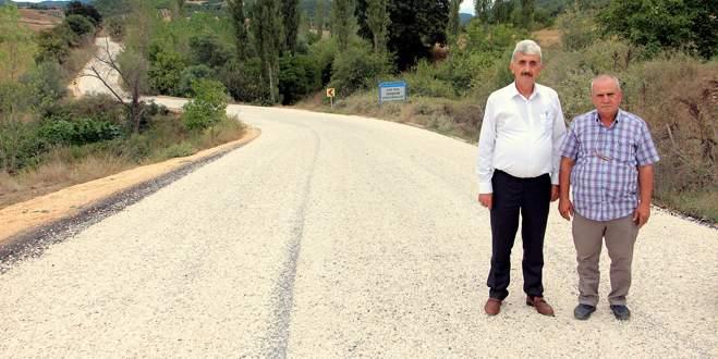 Köy yolları sıcak asfalt oluyor