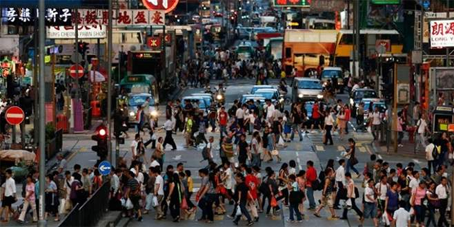 Dünya nüfusunun 3'te 1'i iki ülkede