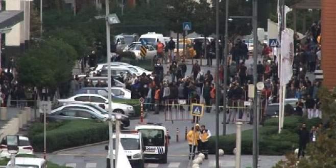 AVM otoparkında operasyon: 4 DEAŞ'lı gözaltına alındı