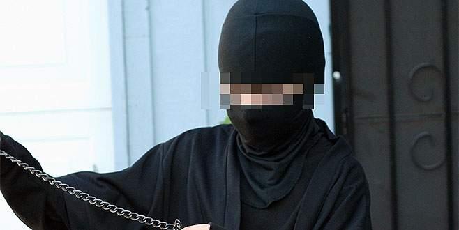 74 yaşındaki 'ninja kıyafetli hırsız' yakalandı