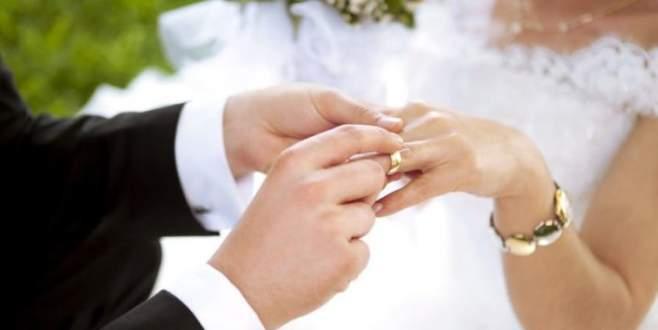 'Evlenince sevmediğimi anladım' sözüne tazminat
