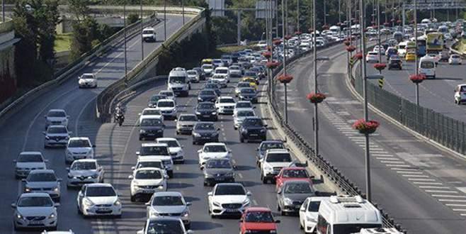 Köprü ve otoyol gelirleri 1 milyar lirayı geçti