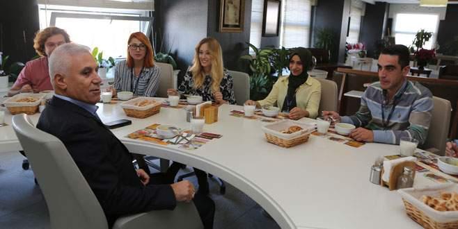 Bozbey çalışanlarla öğle yemeğinde buluştu