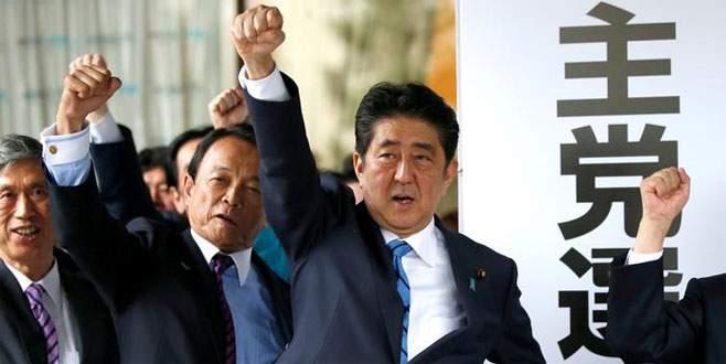 Abe kendinden emin