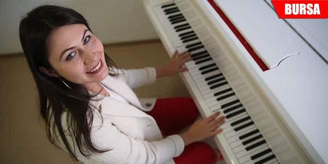 'Rus gelin' piyanoda Türk yetenekleri keşfediyor