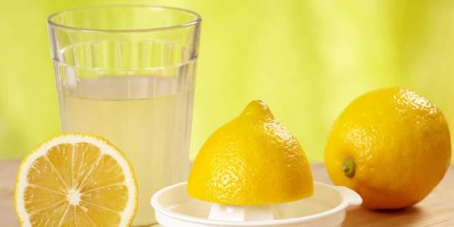Sabah limonlu ılık su içmenin 10 faydası
