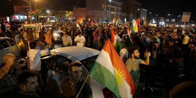 Erbil'de Barzani yanlıları gösteri yaptı