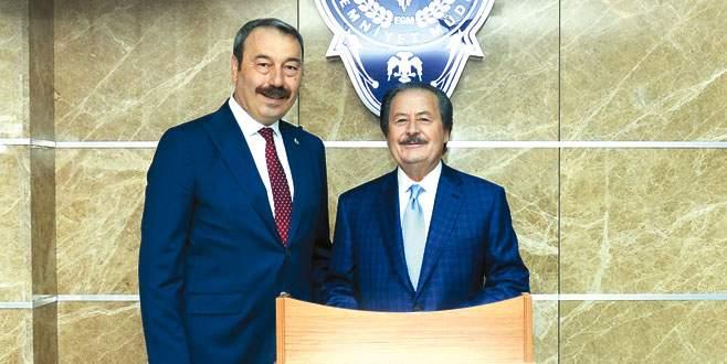 Cavit Çağlar'dan Osman Ak'a ziyaret