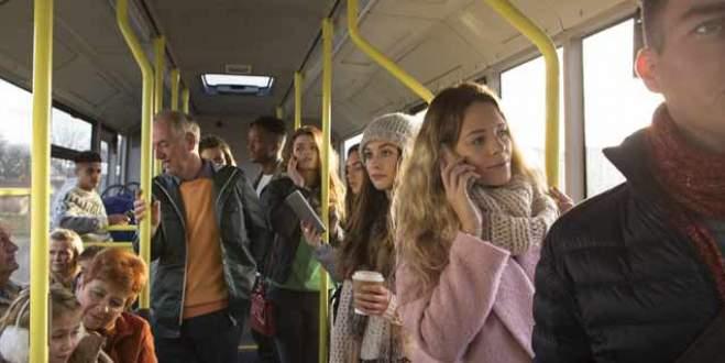 Toplu taşımada yaşlılara yer verenler dikkat!