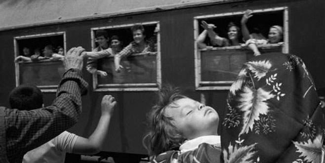 Balkan göçmenleri Sirkeci'de buluşuyor