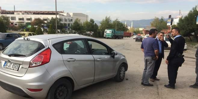 Aracını stop etmeden park edince hayatının şokunu yaşadı