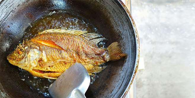 Uzmanlardan uyarı! Balığın yanında sakın yemeyin….