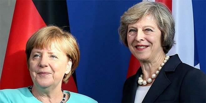 May ve Merkel telefonda İran'daki nükleer anlaşmayı görüştü