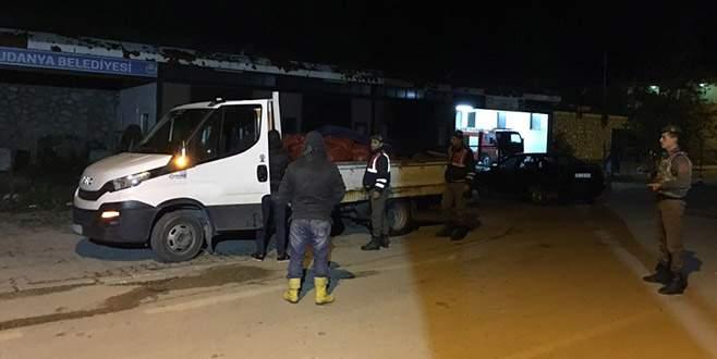 Bursa'da 3,5 ton kaçak midye ele geçirildi