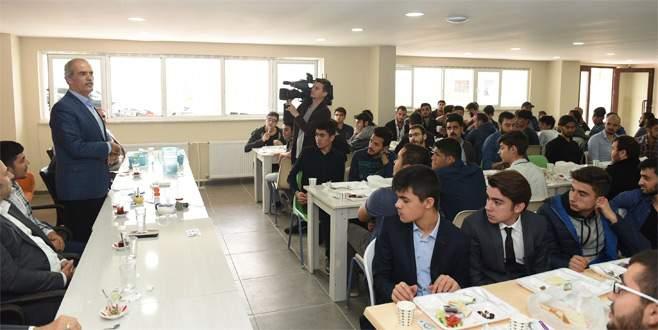 Başkan Altepe'den öğrencilere 'Çalışkan olun' tavsiyesi