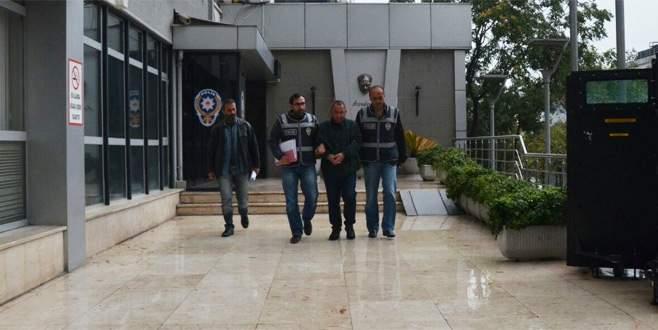 Şehirlerarası dolandırıcı Bursa'da yakayı ele verdi