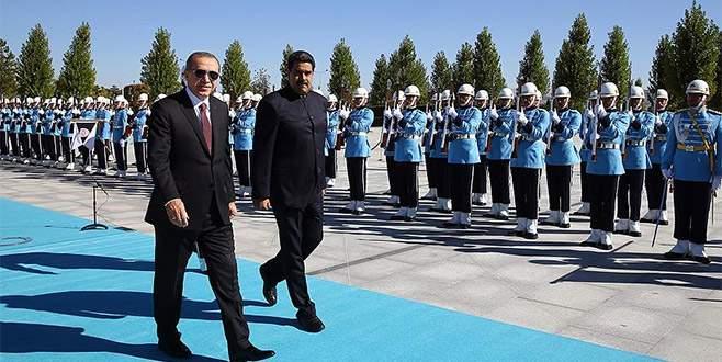 Erdoğan, Maduro'yu resmi törenle karşıladı