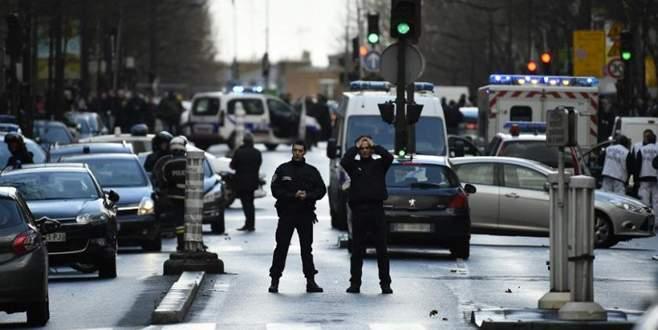 Paris'te Ürdün Ataşeliği önünde motosiklet patlatıldı