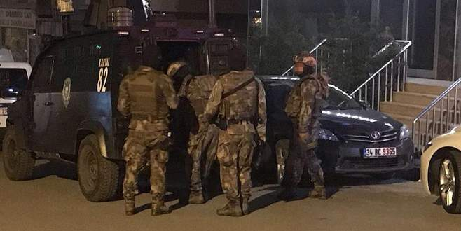 9 ilde terör operasyonu: 24 gözaltı