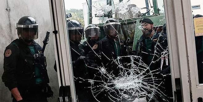 Katalonya'daki referandum müdahalesinde 337 kişi yaralandı
