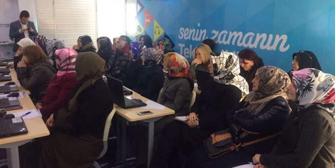 Bursalı kadınlara teknoloji eğitimi